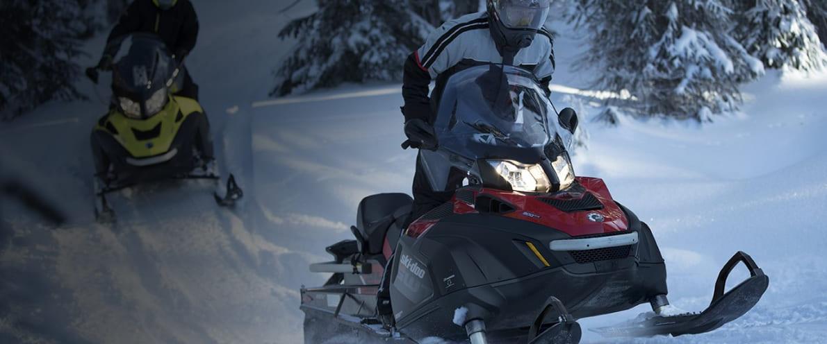 Снегоход SKANDIC WT 900 ACE